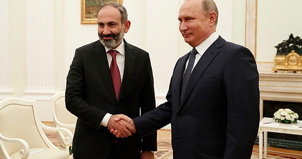 Мнацаканян-Time: Может, Россия понимает новую Армению лучше, чем брюссельская богема